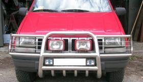 Jeep Grand Cherokee rura przednia z osłoną świateł i miski