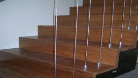 schody_widok linek zabezpieczających