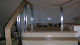 balustrada widok mocowania szkła