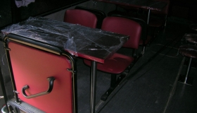 autobus_gastronomiczny_stolik i krzes?a