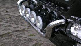 Mercedes Actros - orurowanie przednie
